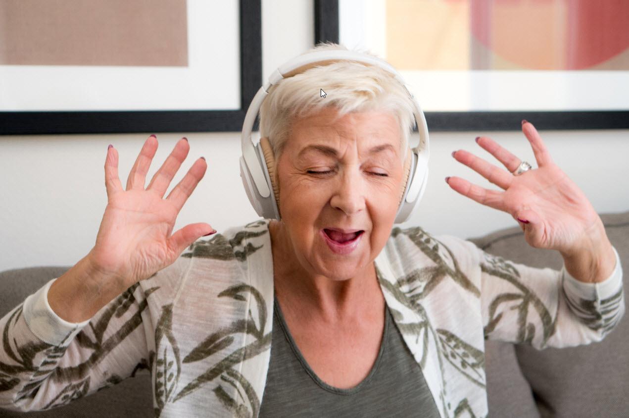 singing-AABRMEV_web