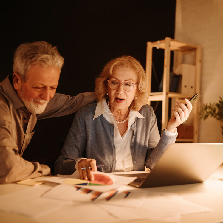 an-elderly-couple-working-in-the-late-evening-disc-MY3TPNKweb